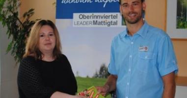 Janine David aus Braunau gewinnt den Preis aus Palting