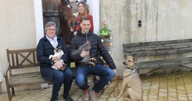 """Fotowettbewerb 2018 """"dahoam aufblian mit Haustieren!"""""""